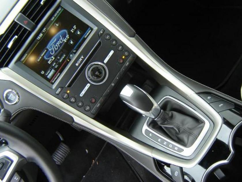 Ford Mondeo 2.0 Tdci 180ch Vignale Powershift 4p - Visuel #11