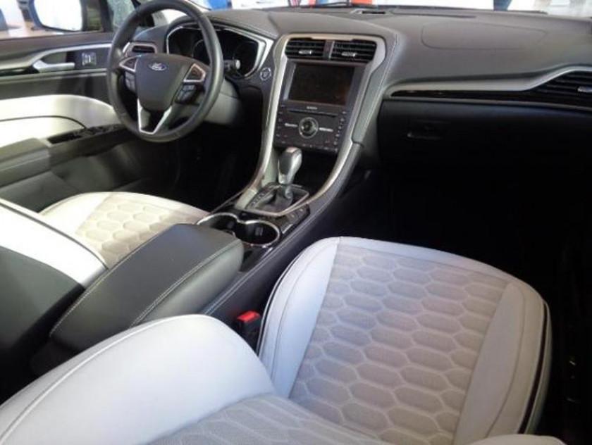 Ford Mondeo 2.0 Tdci 180ch Vignale Powershift 4p - Visuel #3
