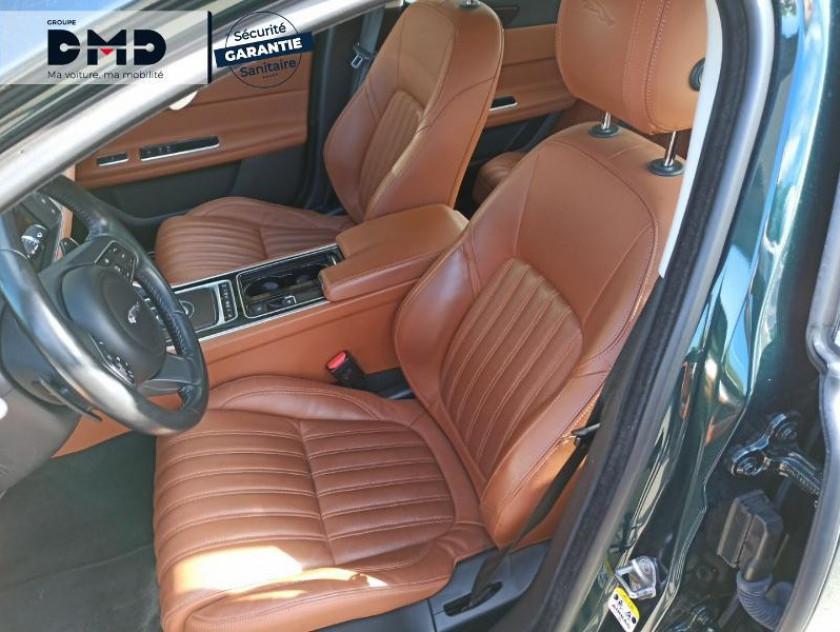 Jaguar Xf V6 3.0 D 300ch Portfolio Bva - Visuel #9