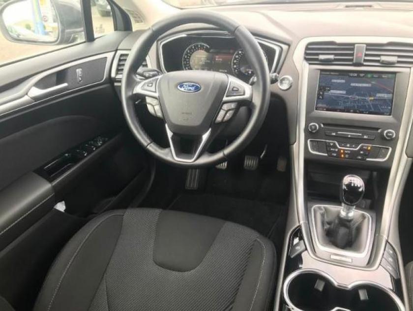 Ford Mondeo 2.0 Tdci 150ch Titanium 5p - Visuel #3