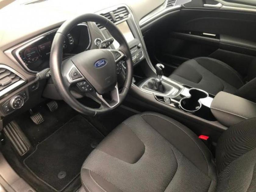 Ford Mondeo 2.0 Tdci 150ch Titanium 5p - Visuel #4