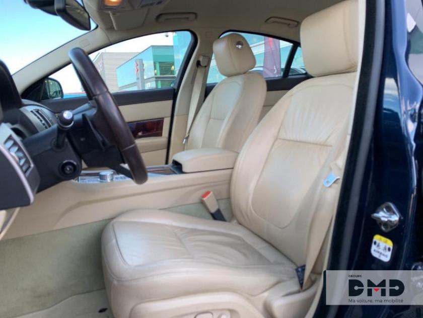 Jaguar Xf 3.0 V6 D Luxe Premium - Visuel #8