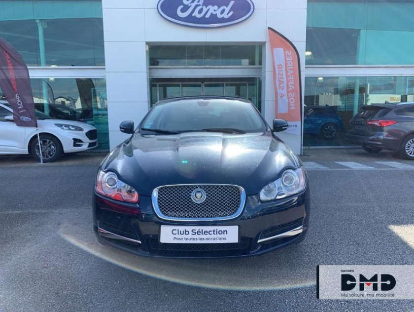 Jaguar Xf 3.0 V6 D Luxe Premium - Visuel #3
