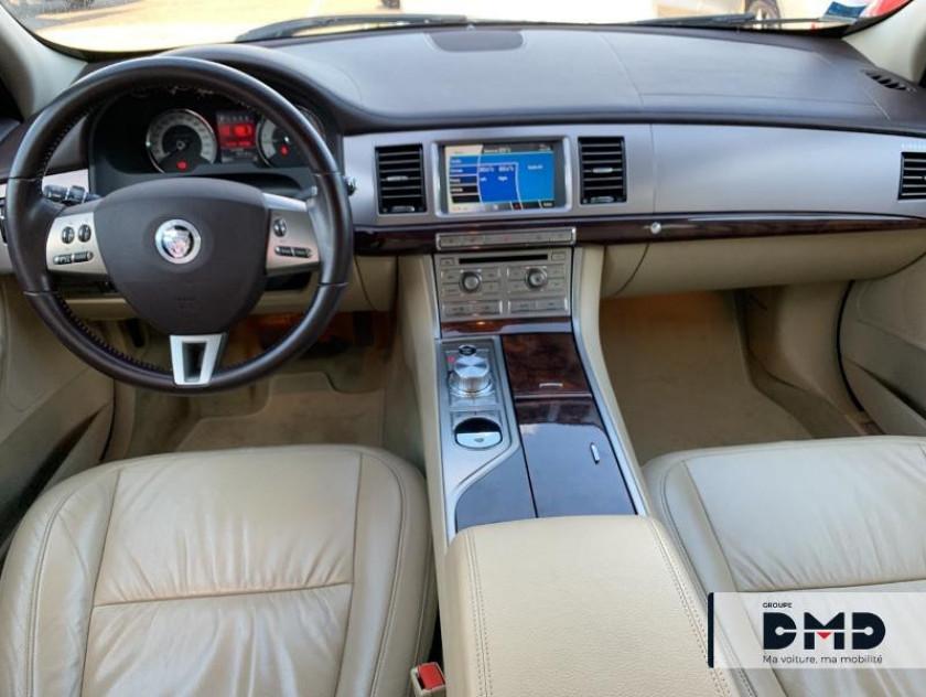 Jaguar Xf 3.0 V6 D Luxe Premium - Visuel #4