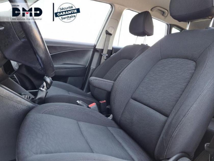 Hyundai Ix20 1.4 Crdi 90 Bluedrive Pack Sensation - Visuel #9