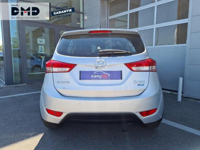 Hyundai Ix20 1.4 Crdi 90 Bluedrive Pack Sensation - Visuel #11