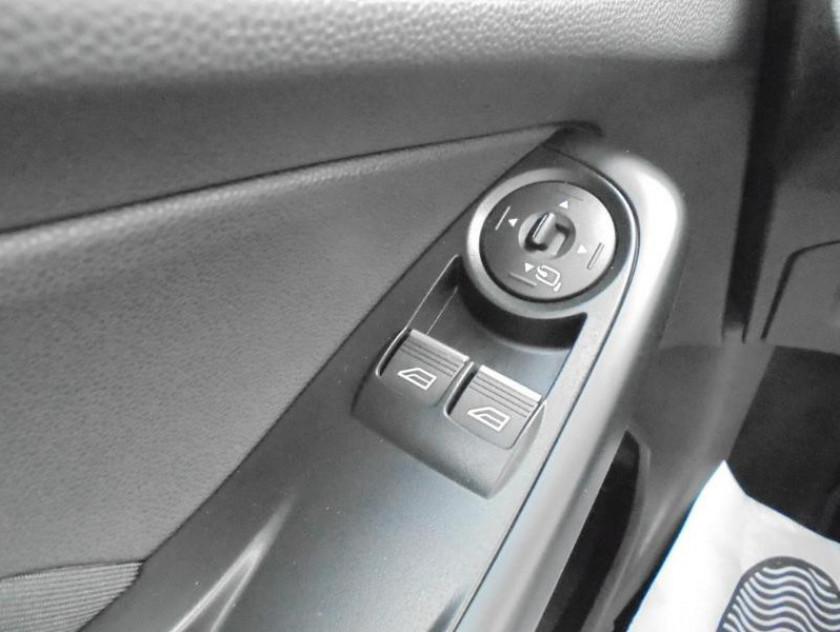 Ford Fiesta 1.6 Ecoboost 182ch St 3p - Visuel #12