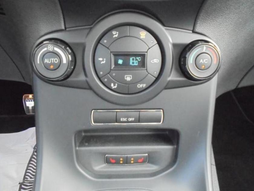 Ford Fiesta 1.6 Ecoboost 182ch St 3p - Visuel #29