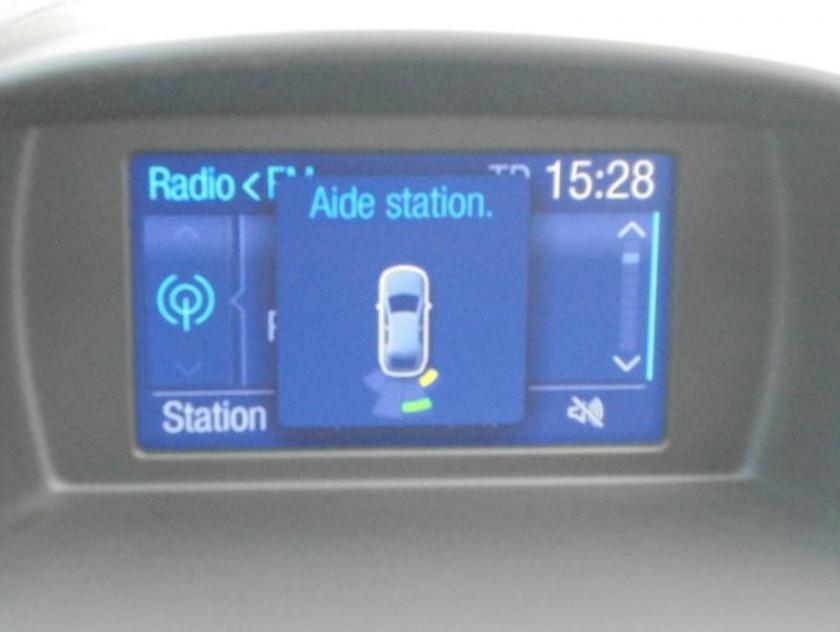 Ford Fiesta 1.6 Ecoboost 182ch St 3p - Visuel #13