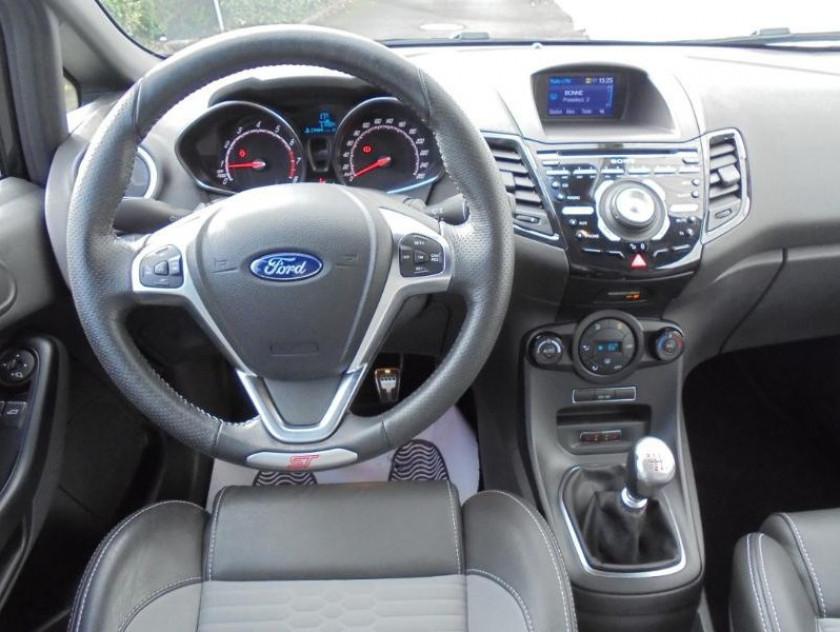 Ford Fiesta 1.6 Ecoboost 182ch St 3p - Visuel #6