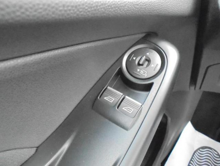 Ford Fiesta 1.6 Ecoboost 182ch St 3p - Visuel #19
