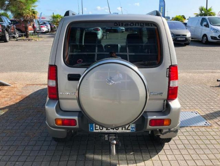 Suzuki Jimny 1.3 Vvt Jlx Auto - Visuel #3