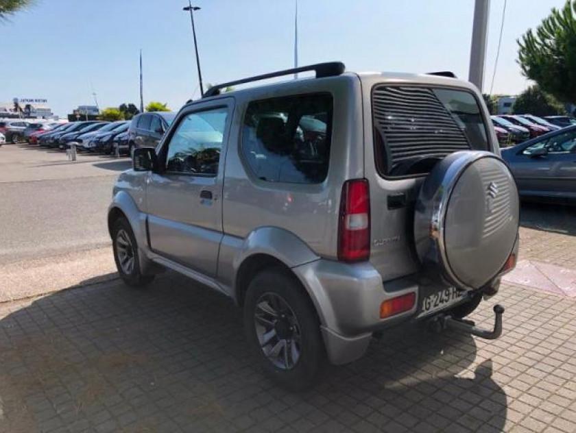 Suzuki Jimny 1.3 Vvt Jlx Auto - Visuel #2