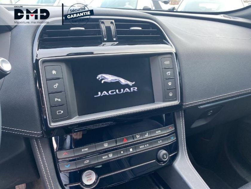 Jaguar F-pace 2.0d 180ch R-sport Bva8 - Visuel #6