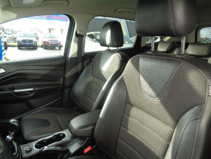 Ford Kuga 2.0 Tdci 120ch Titanium - Visuel #6
