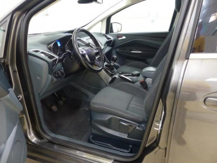 Ford Grand C-max 1.6 Tdci 115ch Fap Titanium X - Visuel #4