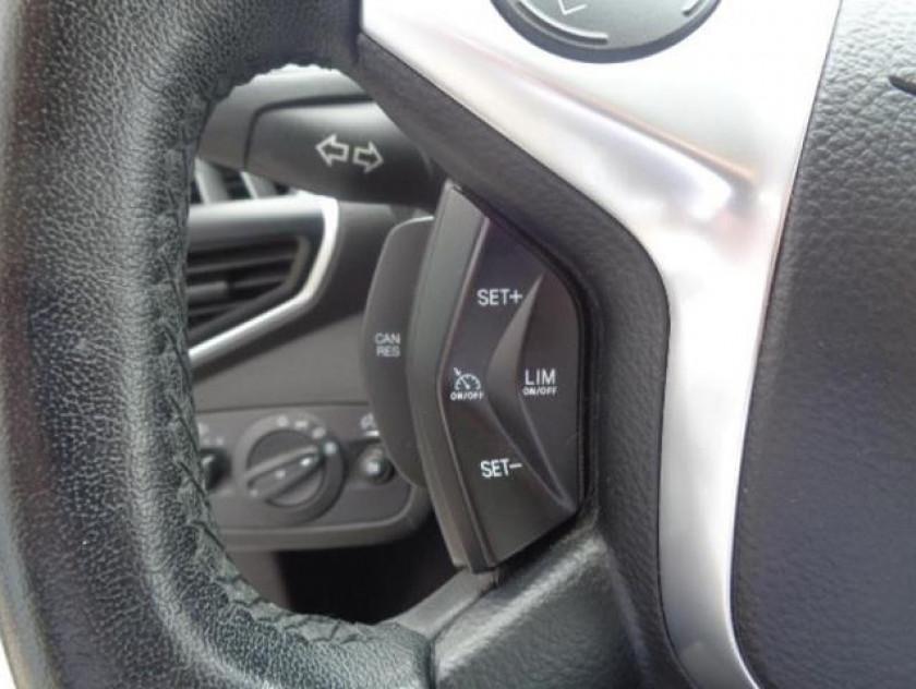 Ford Kuga 2.0 Tdci 140ch Fap Titanium 4x4 Powershift - Visuel #11
