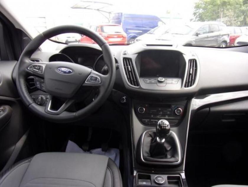 Ford Kuga 1.5 Ecoboost 120ch Stop&start Titanium 4x2 - Visuel #16