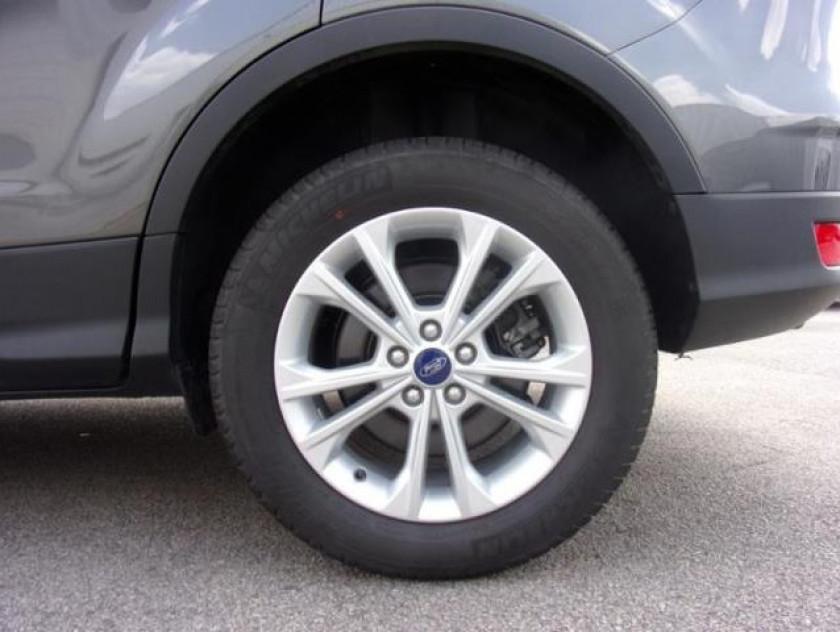 Ford Kuga 1.5 Ecoboost 120ch Stop&start Titanium 4x2 - Visuel #13