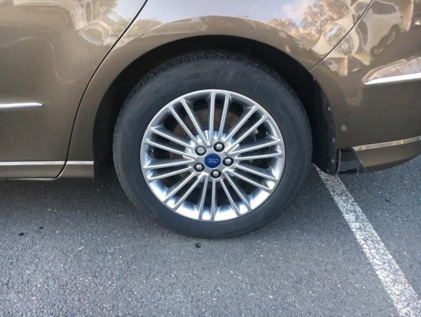 Ford S-max 2.0 Tdci 180ch Stop&start Vignale Powershift - Visuel #13