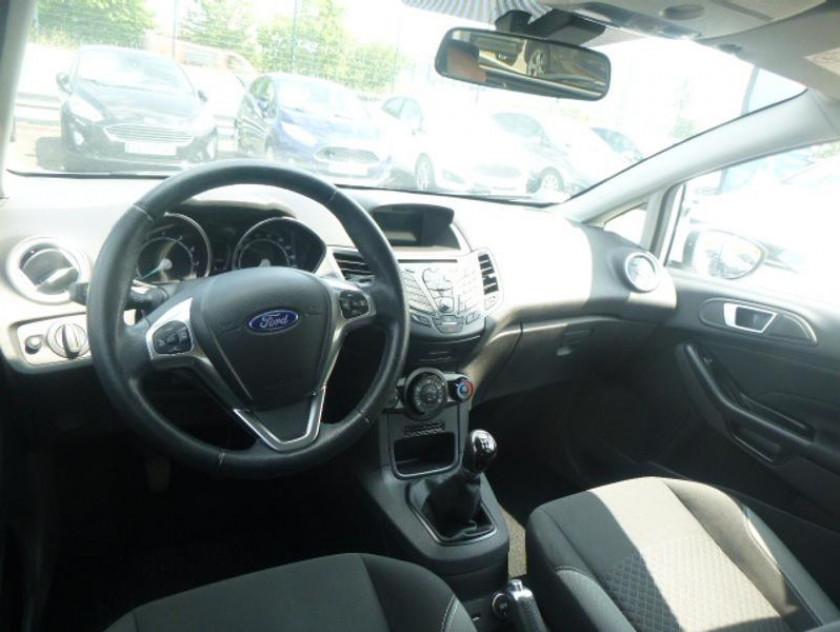 Ford Fiesta 1.25 82ch Fun 5p - Visuel #3