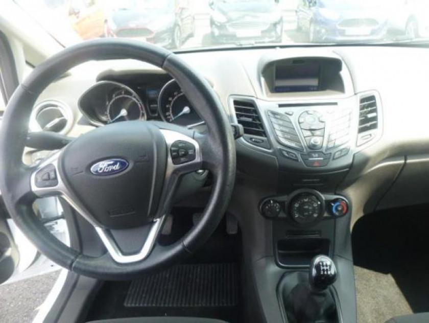 Ford Fiesta 1.25 82ch Fun 5p - Visuel #19