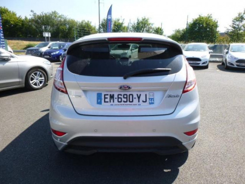 Ford Fiesta 1.0 Ecoboost 100ch Stop&start St-line 5p - Visuel #5