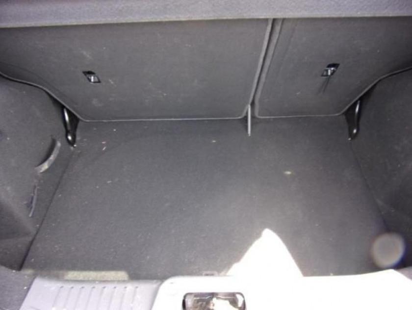 Ford Fiesta 1.25 82ch Fun 5p - Visuel #8