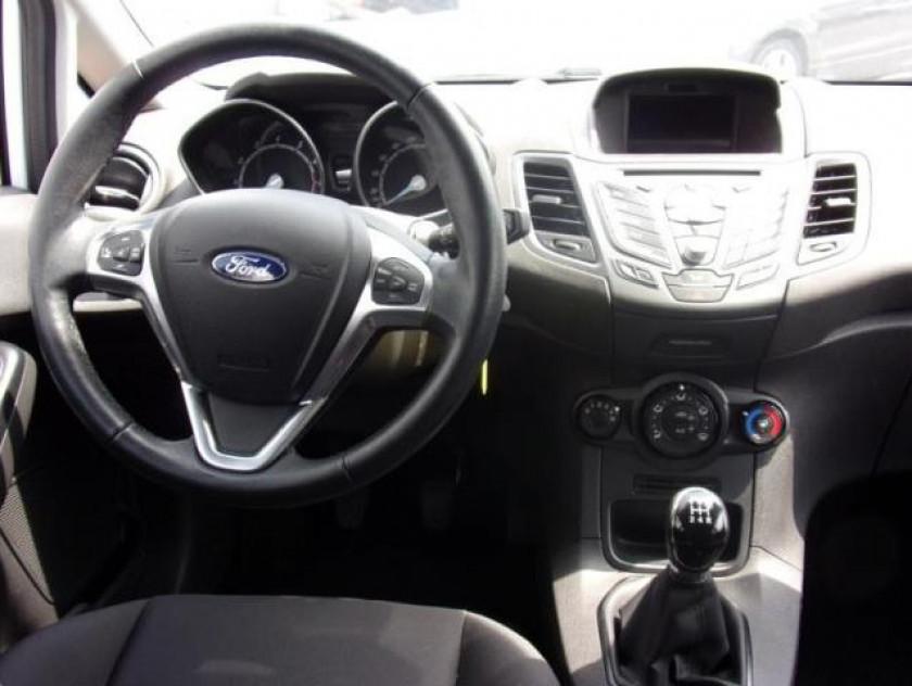 Ford Fiesta 1.25 82ch Fun 5p - Visuel #9