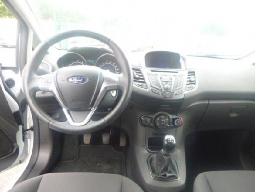 Ford Fiesta 1.25 82ch Fun 5p - Visuel #16