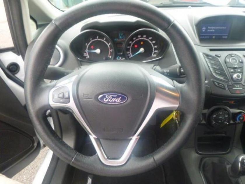 Ford Fiesta 1.25 82ch Fun 5p - Visuel #17