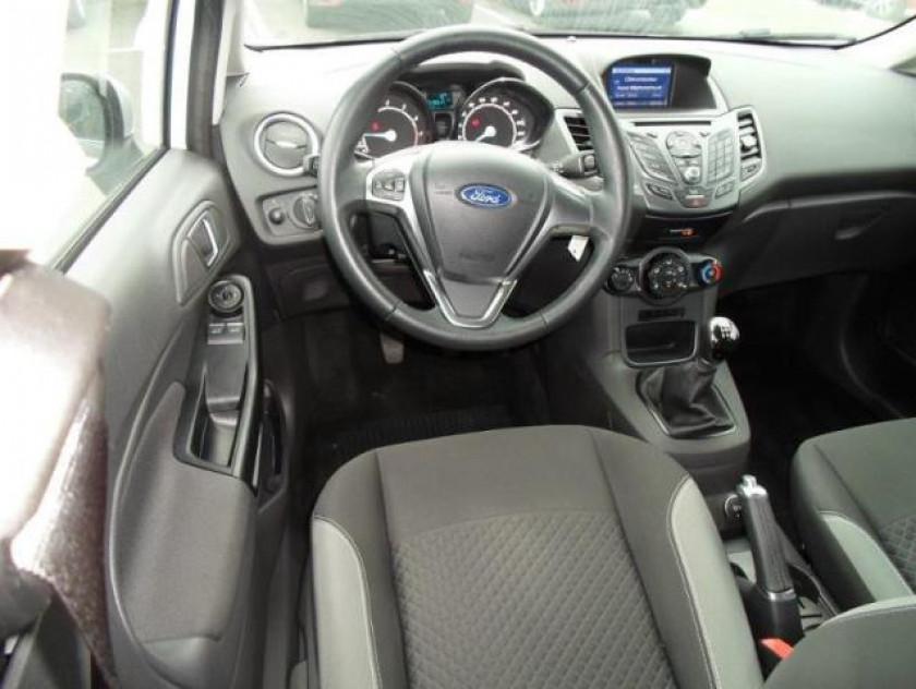 Ford Fiesta 1.25 82ch Edition 5p - Visuel #3