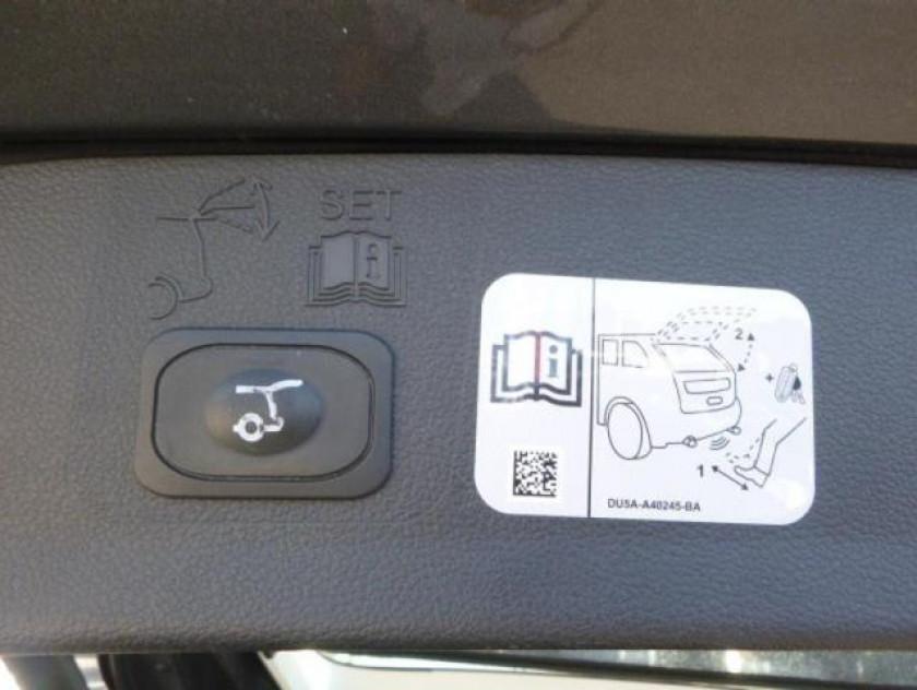Ford Kuga 1.5 Ecoboost 120ch Stop&start Titanium 4x2 - Visuel #7