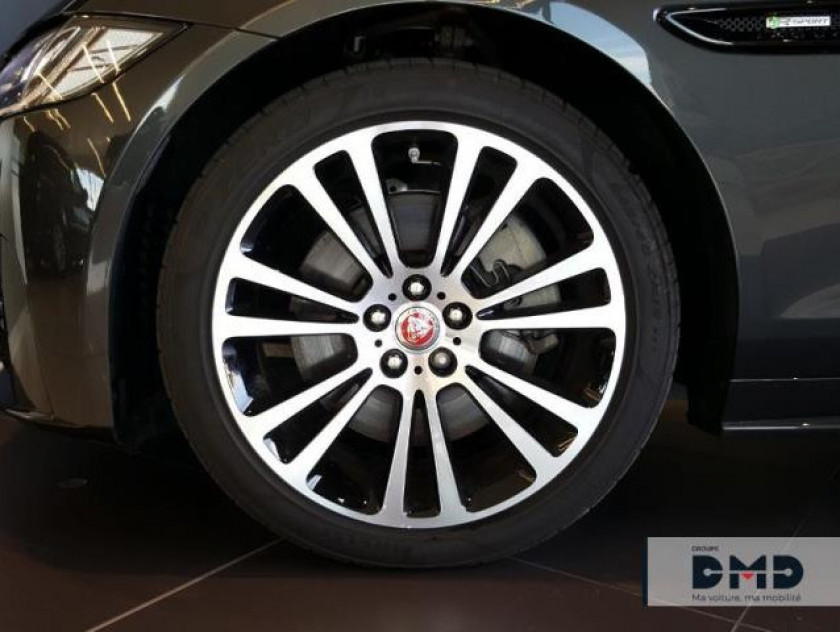 Jaguar Xf V6 3.0 D 300ch Business Sport Bva - Visuel #13
