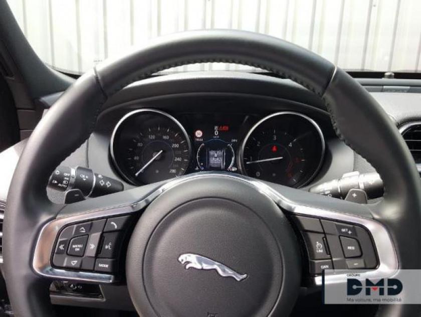 Jaguar Xe 2.0d 180ch R-sport Awd Bva8 - Visuel #7