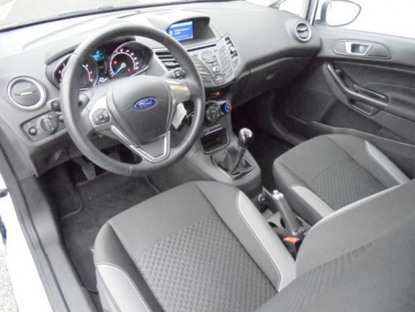 Ford Fiesta 1.0 Ecoboost 100ch Stop&start Edition 3p - Visuel #3
