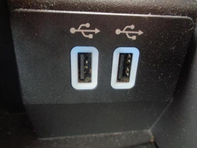 Ford C-max 1.5 Tdci 120ch Stop&start Titanium - Visuel #23