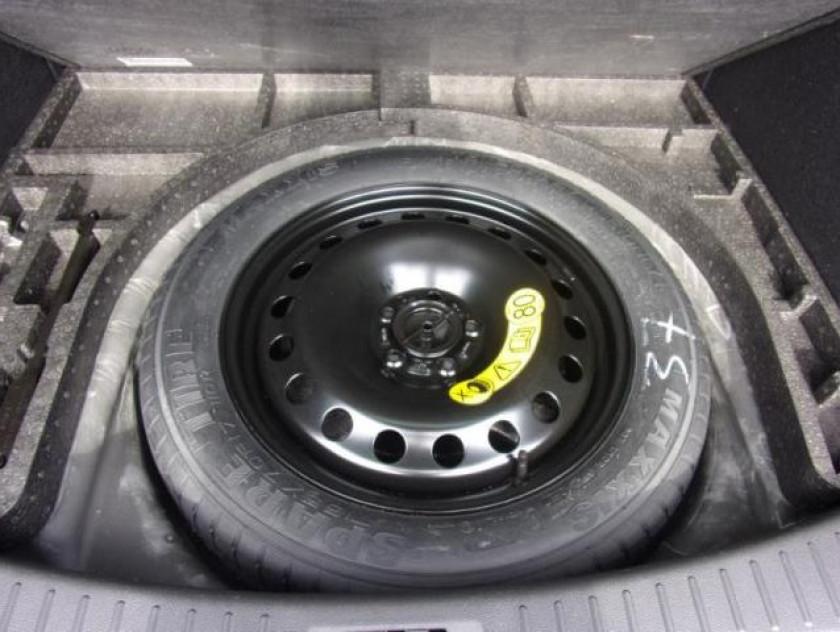 Ford Kuga 2.0 Tdci 150ch Stop&start Titanium 4x2 - Visuel #22