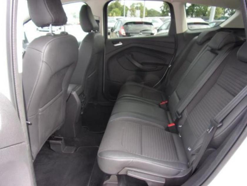 Ford Kuga 2.0 Tdci 150ch Stop&start Titanium 4x2 - Visuel #14