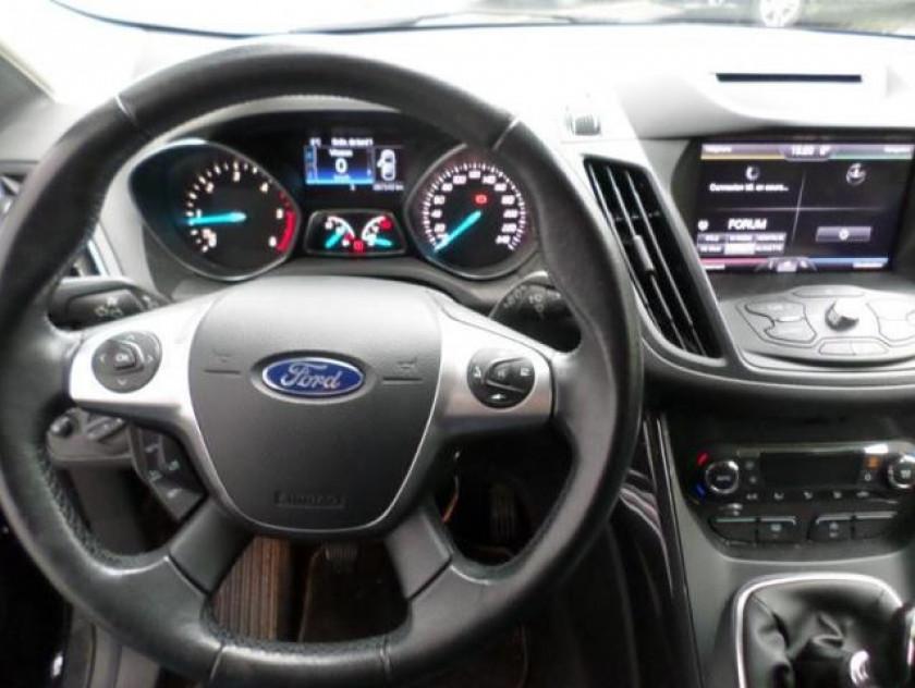 Ford Kuga 2.0 Tdci 150ch Titanium - Visuel #2