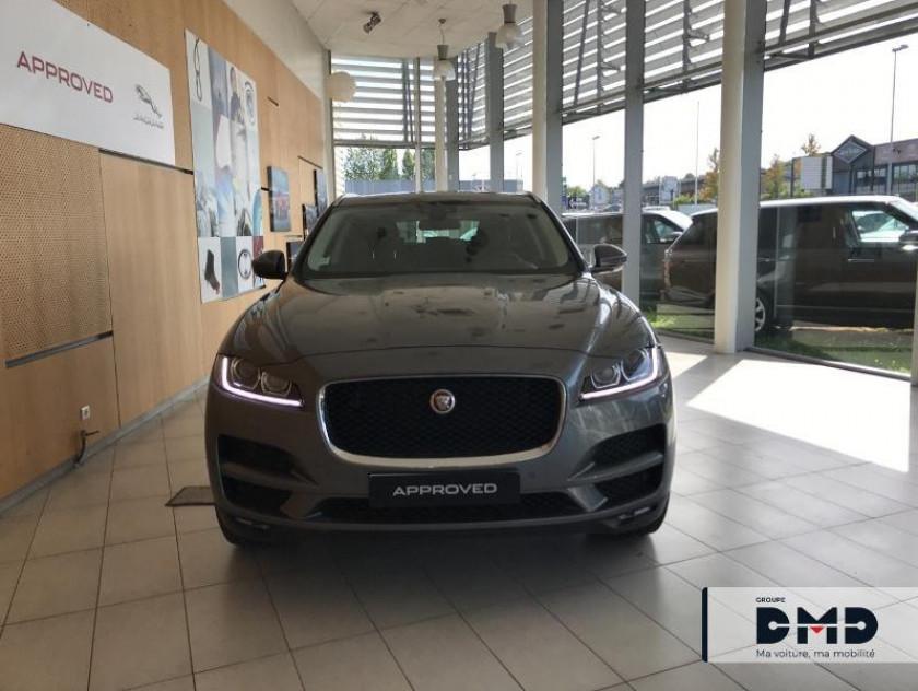 Jaguar F-pace 2.0d 180ch Prestige 4x2 Bva8 - Visuel #4