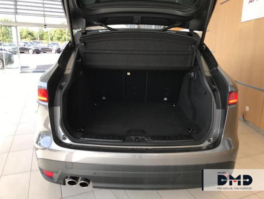 Jaguar F-pace 2.0d 180ch Prestige 4x2 Bva8 - Visuel #12