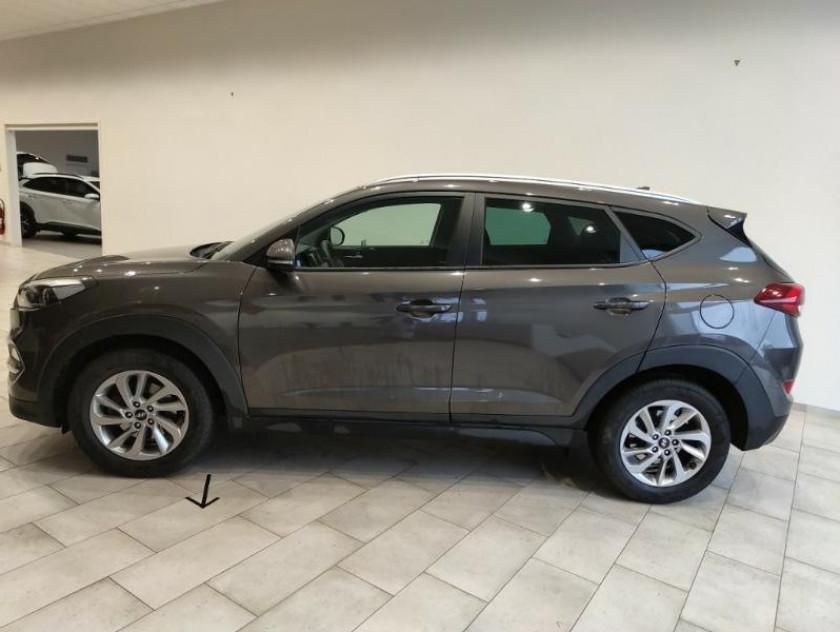 Hyundai Tucson 1.7 Crdi 141ch Business 2wd Dct-7 - Visuel #2