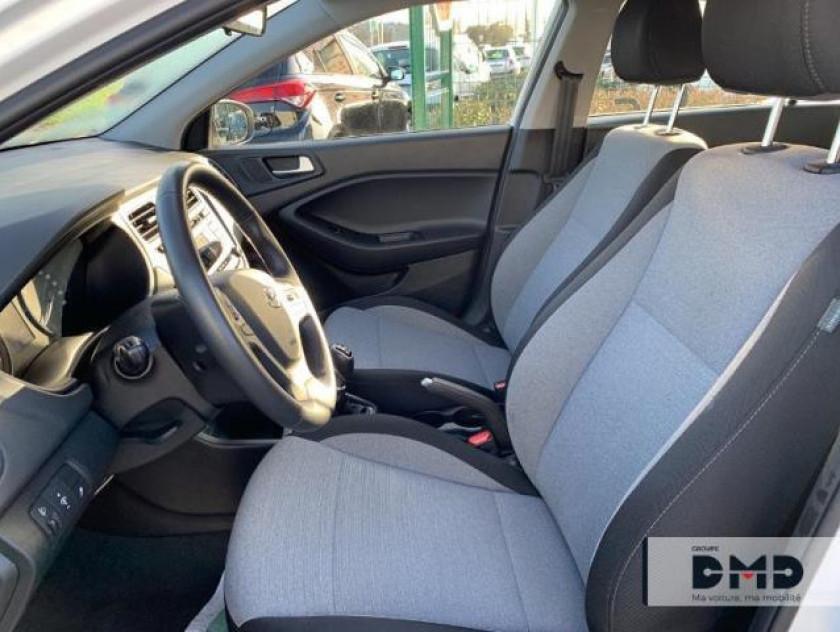 Hyundai I20 1.1 Crdi 75 Intuitive - Visuel #9