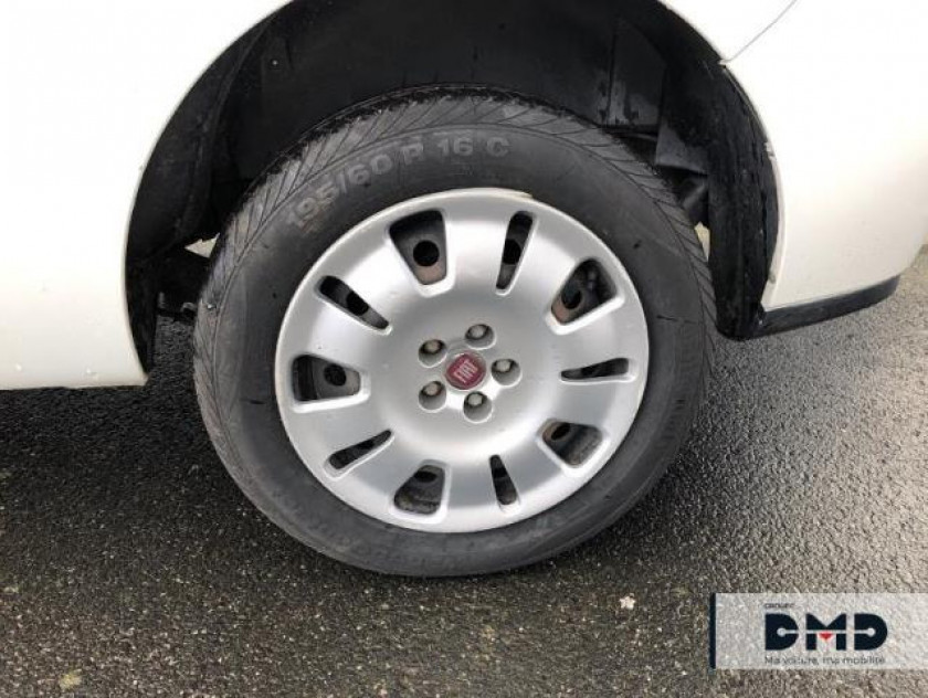 Fiat Doblo Cargo Maxi 1.3 Multijet 16v 90ch Cabine Approfondie Pack Professio - Visuel #13