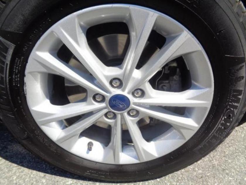 Ford Kuga 2.0 Tdci 150ch Stop&start Titanium 4x2 - Visuel #16