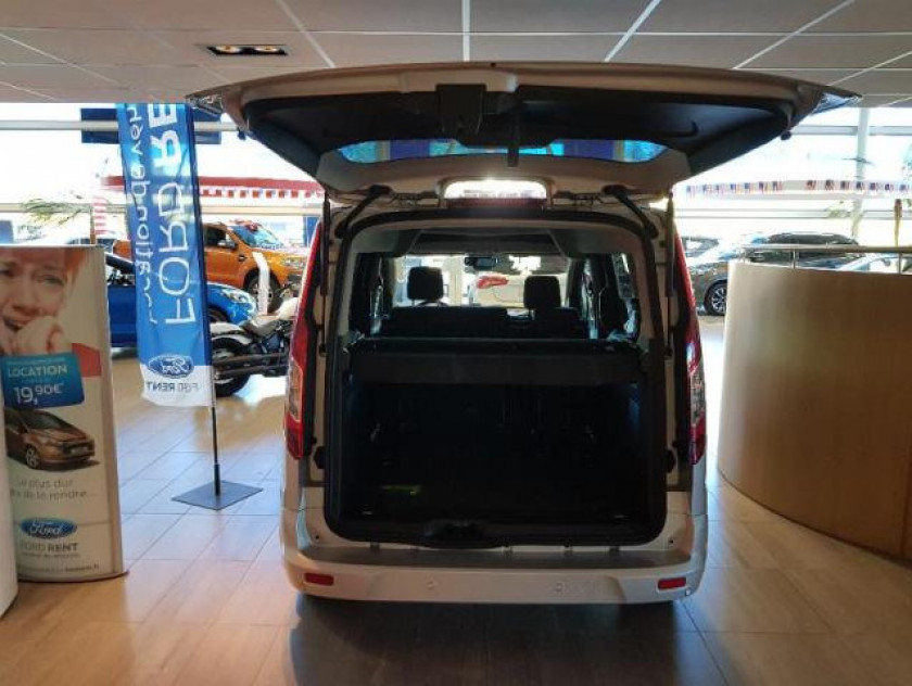 Ford Tourneo Connect 1.5 Td 100ch Titanium Euro6 - Visuel #7