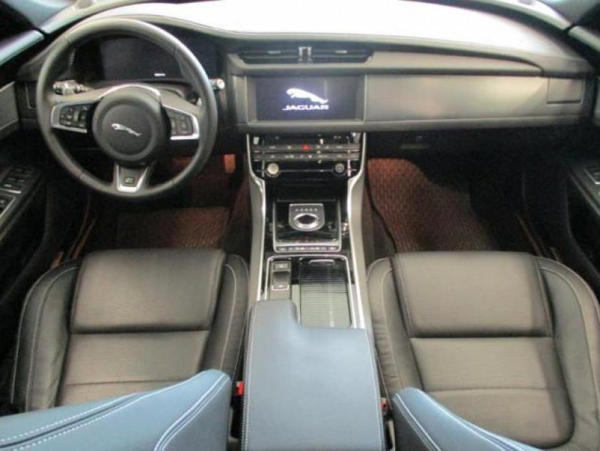 Jaguar Xf Sportbrake 2.0d 240ch R-sport Awd Bva - Visuel #4