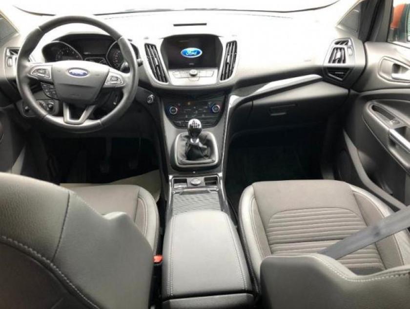 Ford Kuga 1.5 Ecoboost 120ch Stop&start Titanium Business 4x2 - Visuel #9