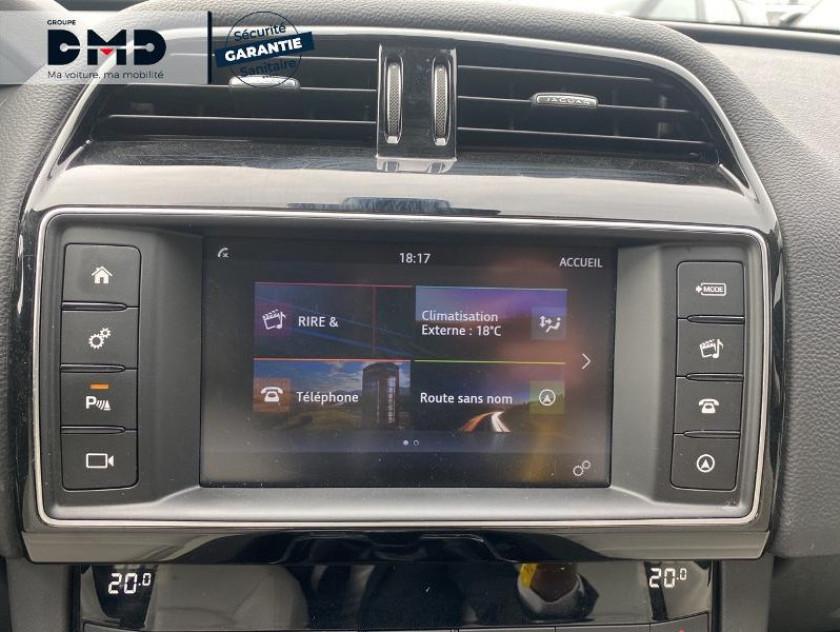 Jaguar F-pace 2.0d 180ch Prestige 4x4 - Visuel #6